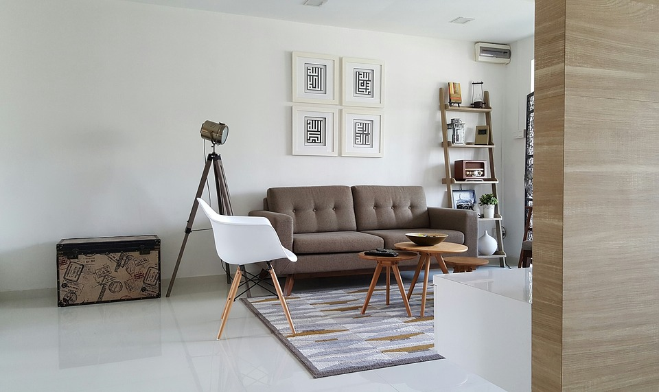How to Make Your Living Room Feel Lighter & Brighter 1