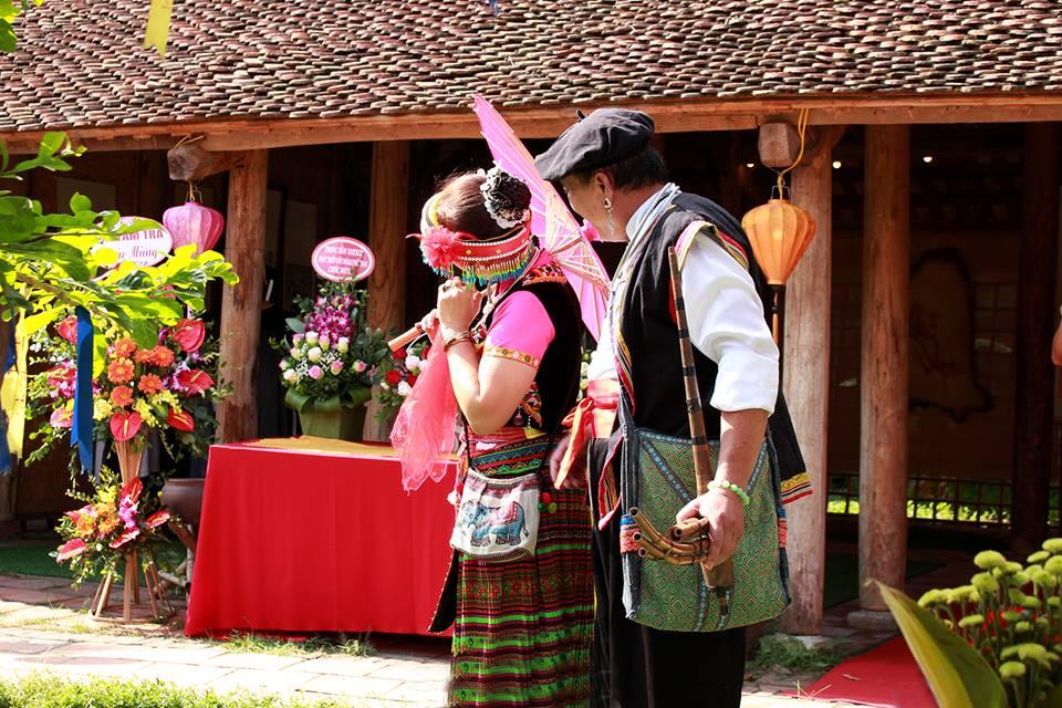 Những tiết mục đặc sắc quanh mùa lễ hội diễn ra tại Hồ Văn