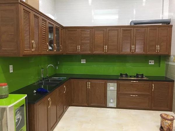Tủ bếp nhôm Omega 4 ;tu-bep-nhom-kinh.jpg