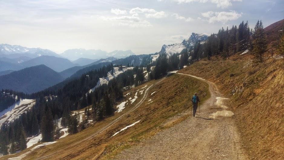 Gorgeous wide open mountain views near the summit.