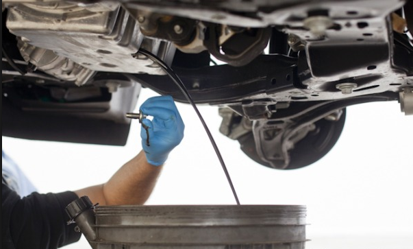Honda carland learn to change your oil from honda carland for Honda carland service