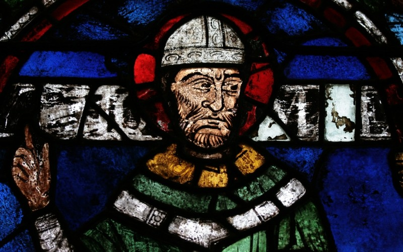 Stained glass window of St Thomas Becket in Canterbury Cathedral (HVH/Wikipedia)
