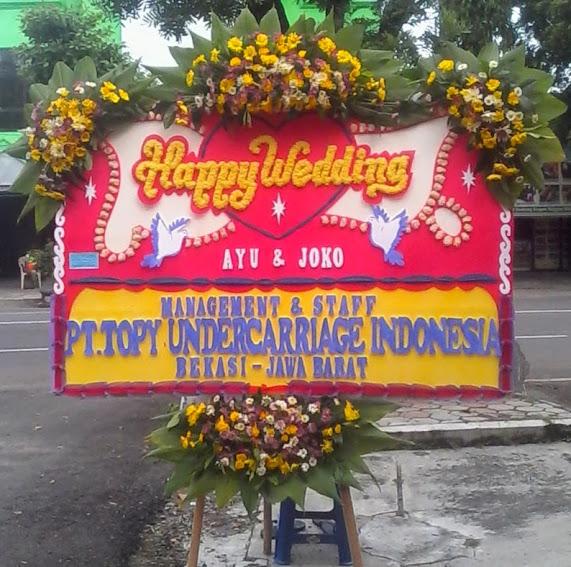 Karangan Bunga Happy Wedding Solo - Pak Jokowi 4