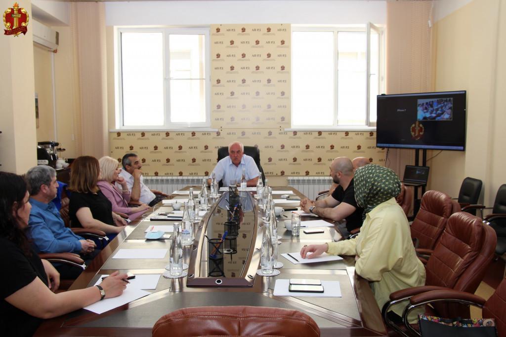 http://advokatrd.ru/ap/news/1014/IMG_1108.JPG