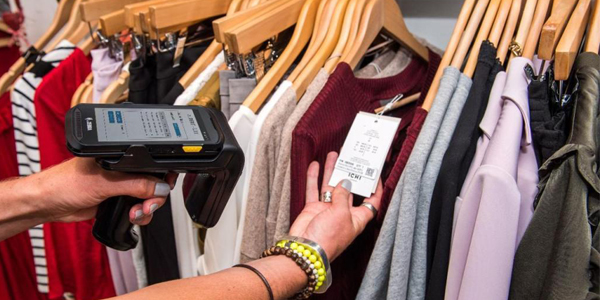 Việc kiểm kê hàng hóa sẽ trở nên đơn giản, hiệu quả hơn khi áp dụng công nghệ RFID trong quản lý kho