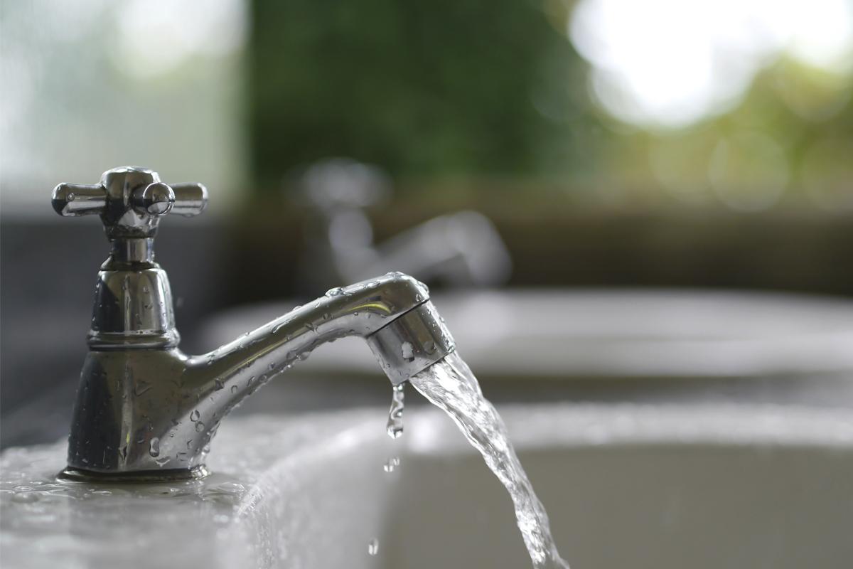Kurangi penggunaan air - source: verywellhealth.com