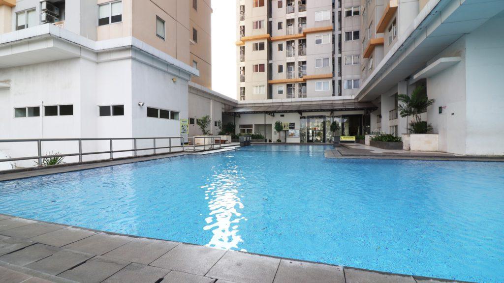 Pakubuwono Terrace swimming pool view