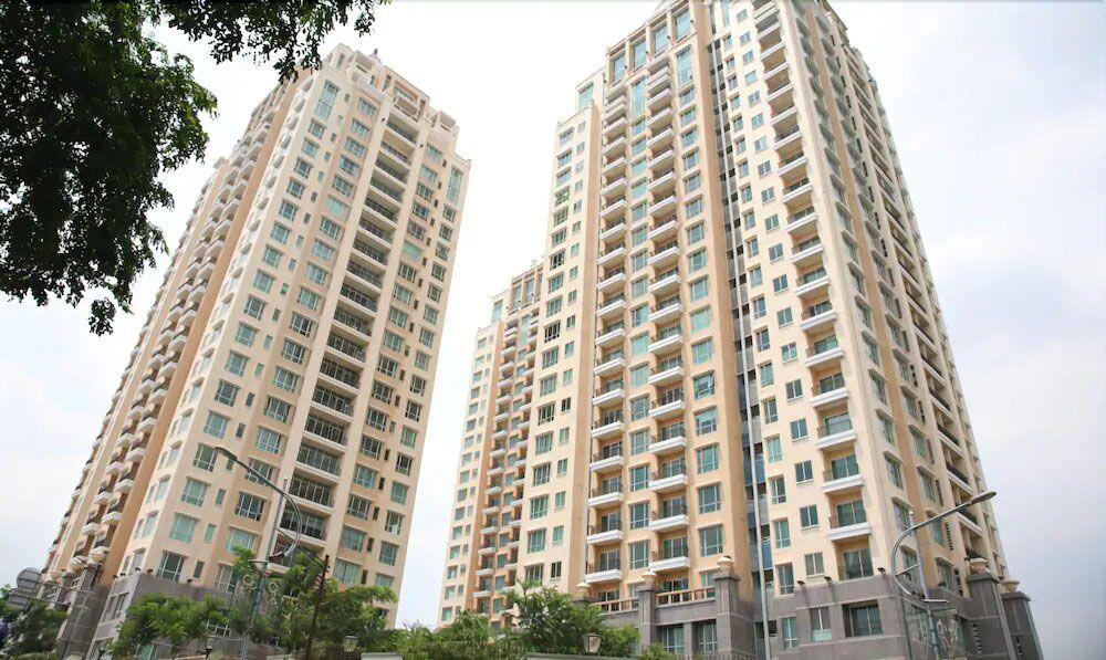 Rent Senayan Residence Apartment