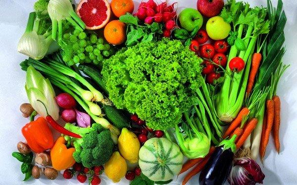 Ăn nhiều rau củ hoa quả sẽ tốt cho việc ngăn ngừa u xơ tử cung