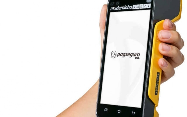 PagSeguro se tornou popular no mercado com a maquininha Moderninha