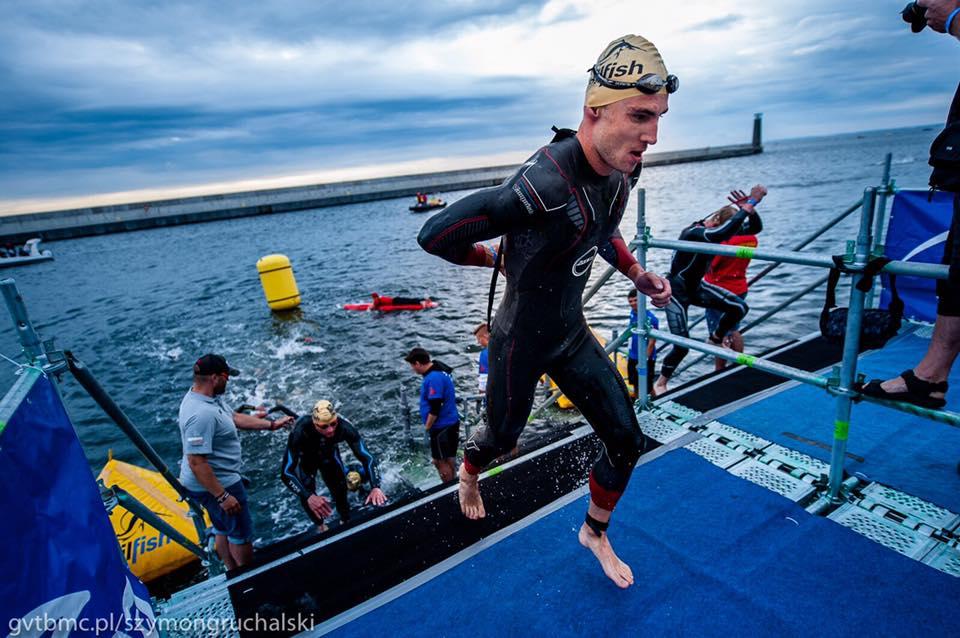 Robert Wilkowiecki Gdynia z wody.jpg