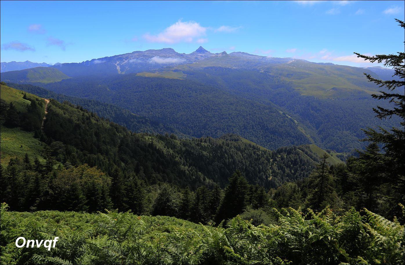 Rando tour du Pic d'Issarbe (61)-min.JPG