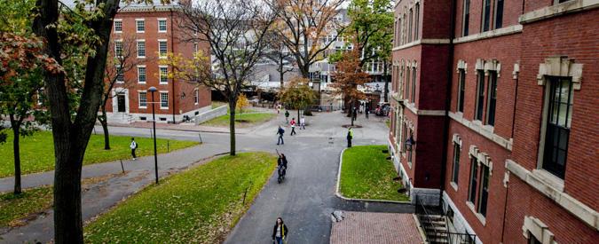 3 Universitas Dengan Jurusan Psikologi Terbaik