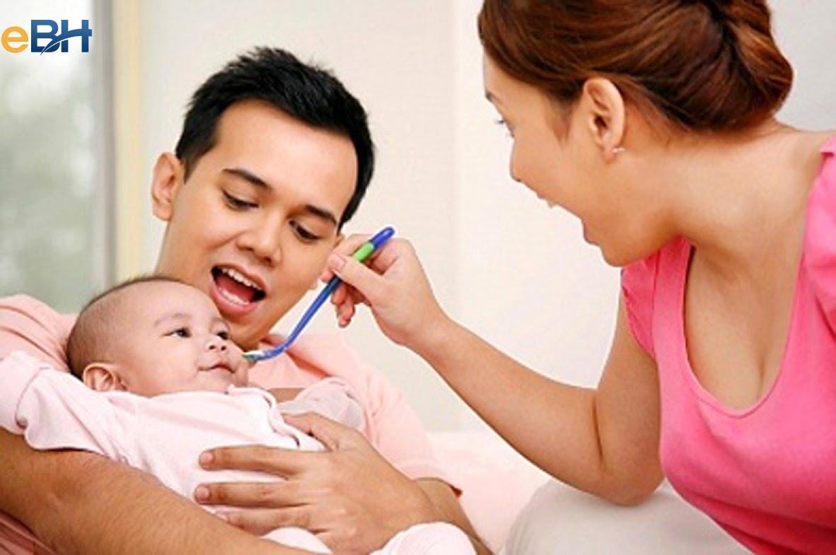 Vợ sinh con chồng được hưởng chế độ thai sản dành riêng cho nam giới.