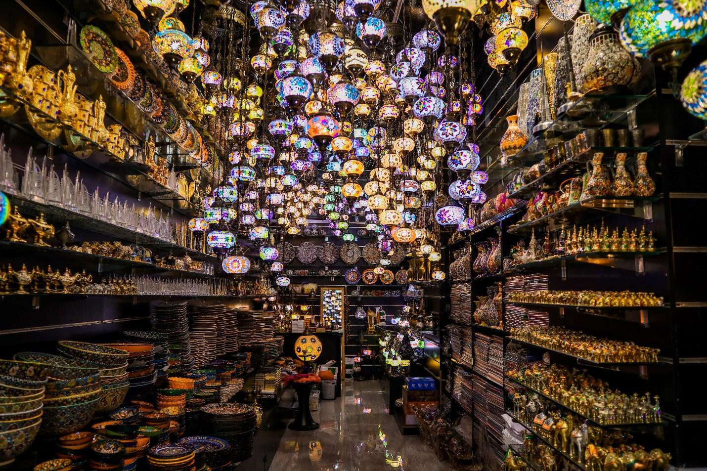 C:\Users\Shrutika Yadav\Downloads\dubai-shopping-festival.jpg