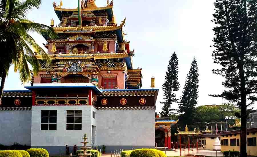 Image result for 6. Golden Temple (Bylakuppe) images
