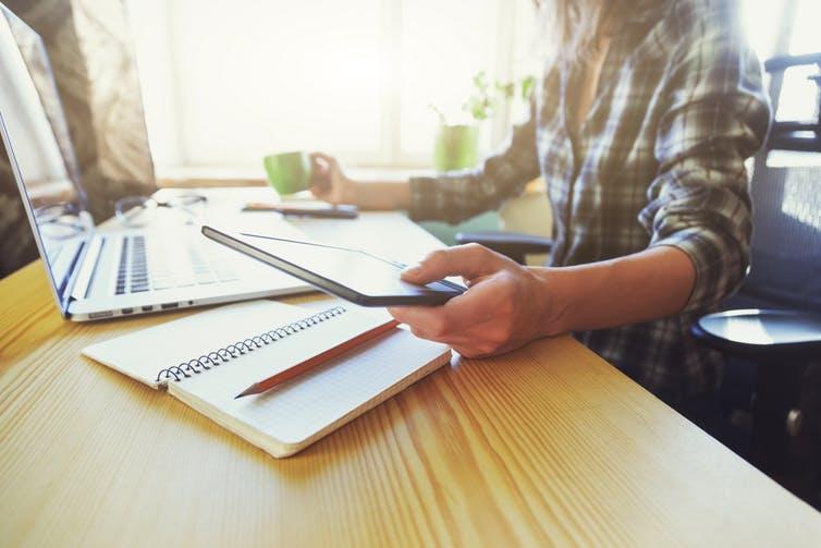Tip làm việc tại nhà hiệu quả: Chọn nơi làm việc phù hợp, thoải mái