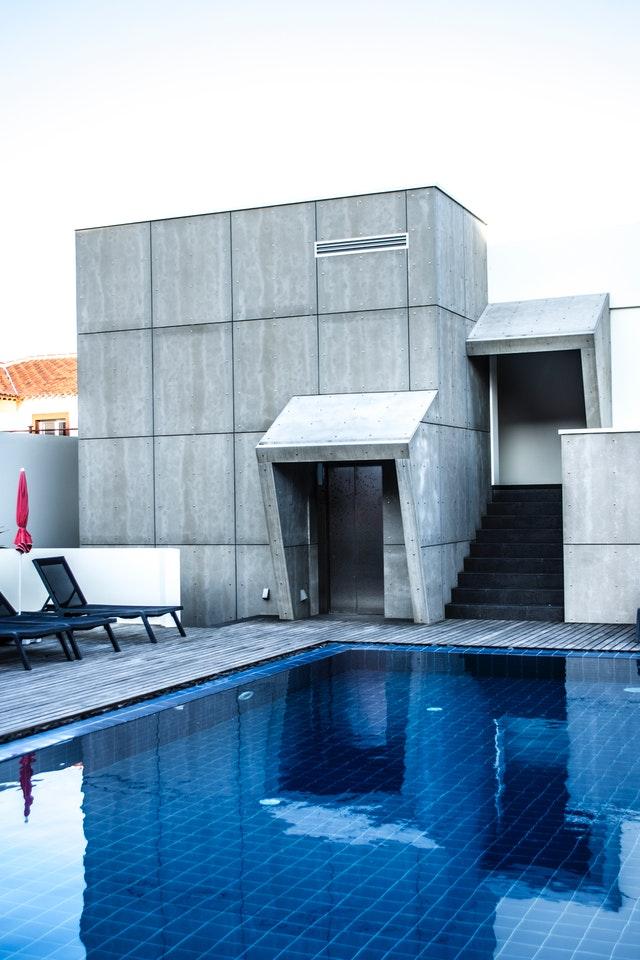 Average Outdoor Pool Temperature