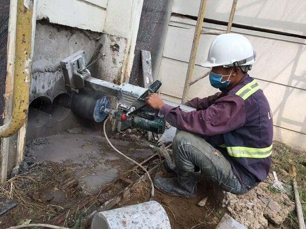 Trang thiết bị máy móc hiện đại phục vụ quá trình khoan cắt bê tông