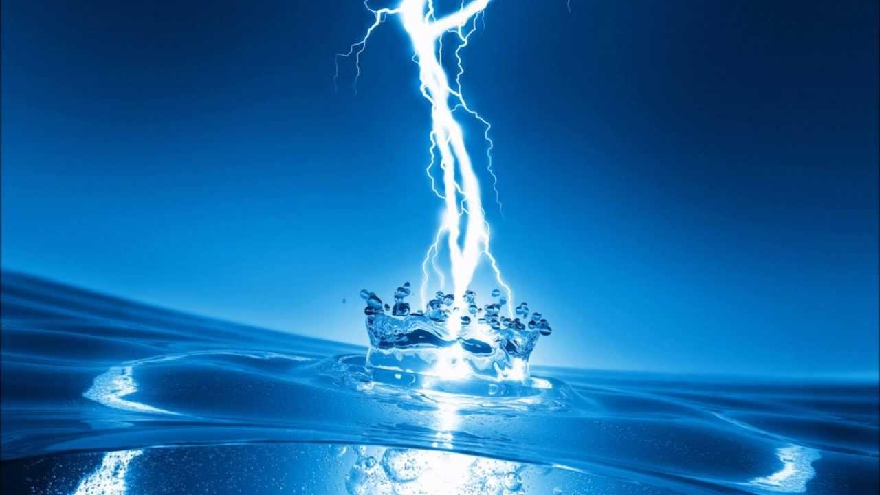"""Resultat d'imatges per a """"el agua realmente conduce electricidad"""""""""""