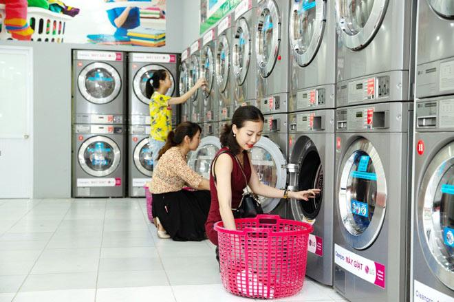 Mở tiệm giặt là thông minh với hình thức khách có thể tự giặt