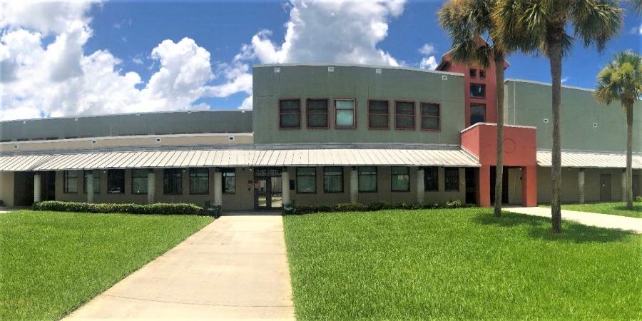 Walker Middle Magnet School in FL