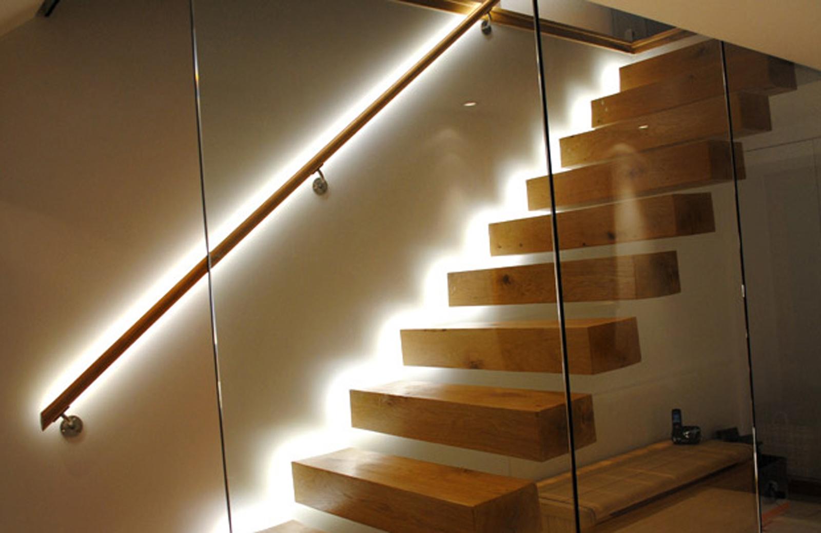 đèn ánh sáng - địa chỉ mua đèn cầu thang đẹp giá rẻ