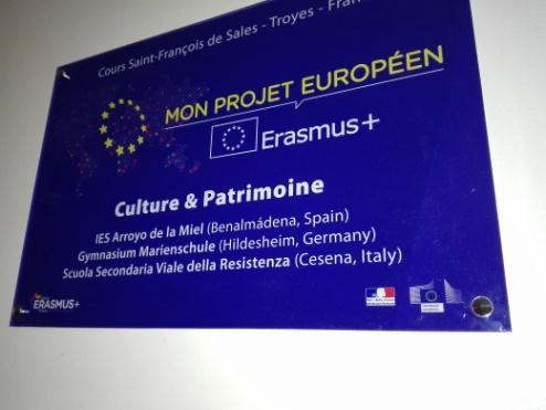 C:\Users\Francesco\Documents\Foto\Resistenza 18.19\Erasmus plus Troyes 17.3.19 23.3.19\IMG_20190319_182009.jpg
