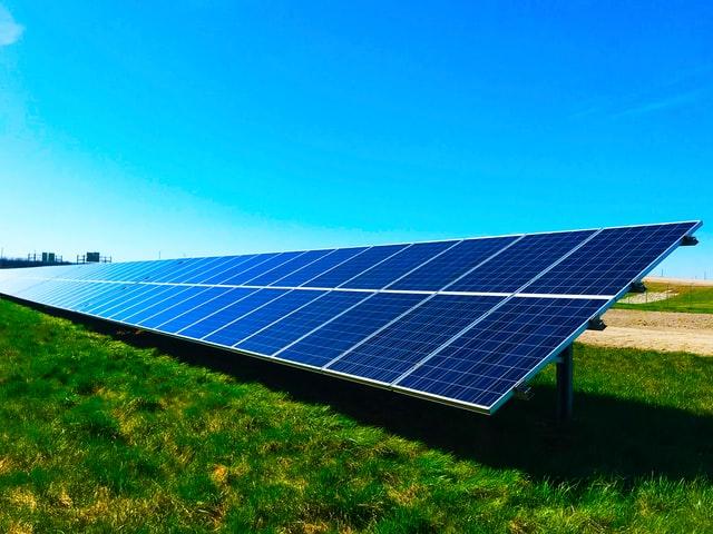 Energia solar é uma alternativa interessante no longo prazo