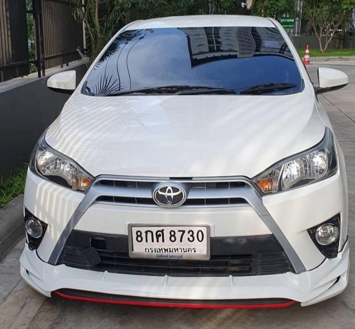 Toyota Yaris รุ่นที่ 2 รหัสตัวถัง XP150 ได้ฉายาหน้าหนวดจากเส้นกระจังหน้า