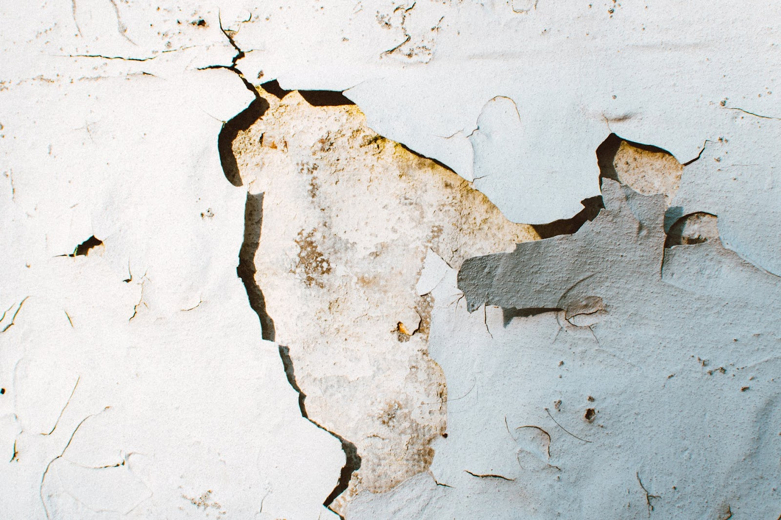 How To Plaster A Wall Like A Professional: A Step-By-Step Guide