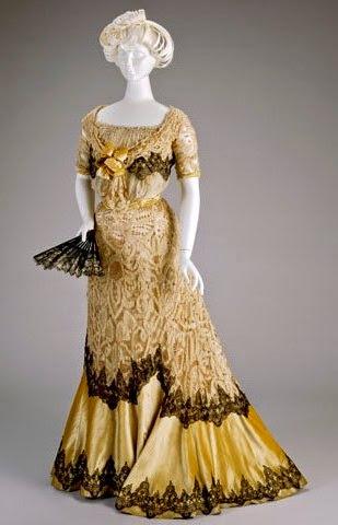 Evening Dress for Women in 1900-1908