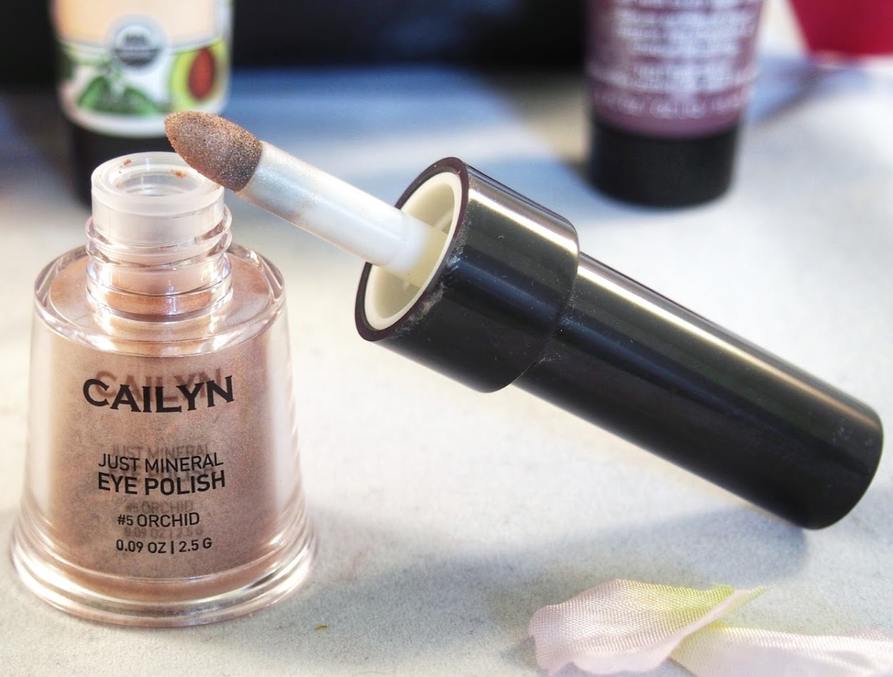 CAILYN Cosmetics: Just Mineral Eye Polish in Orchid