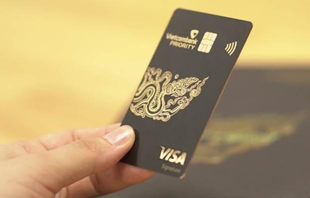 Ngân hàng tăng lợi thế cạnh tranh dòng thẻ 'siêu VIP' - VnExpress Kinh doanh
