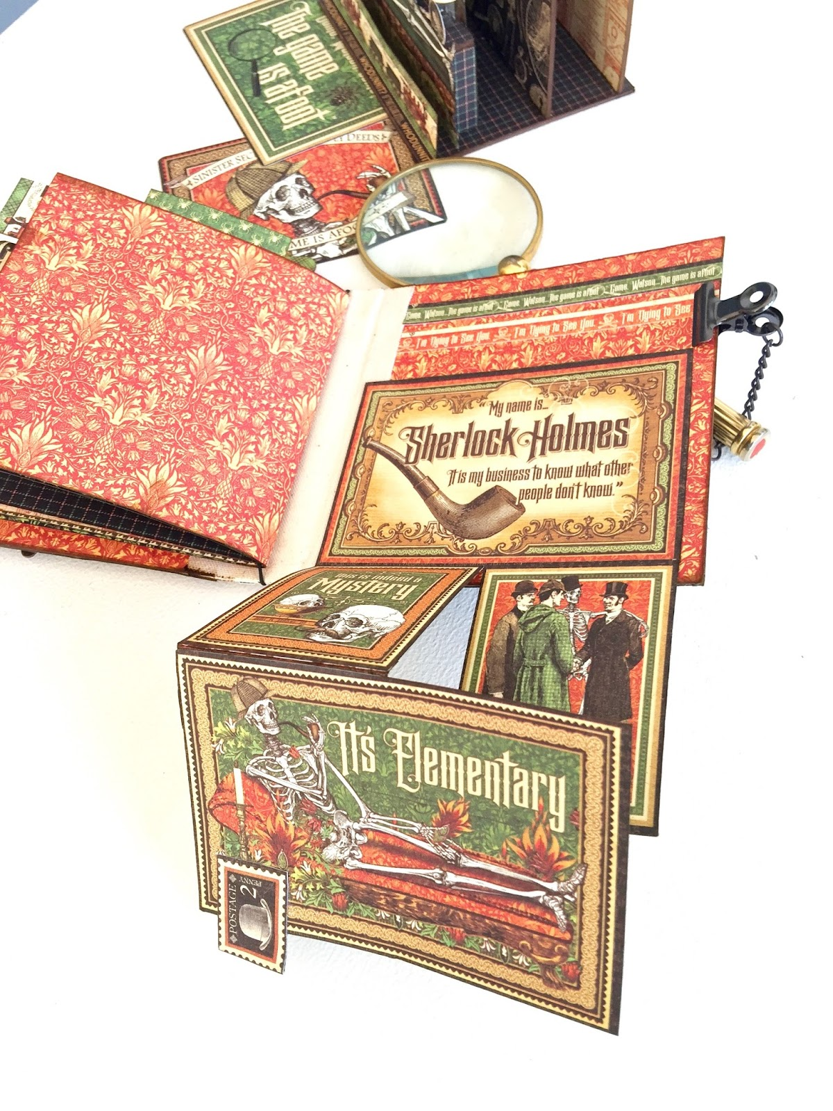 Stand and Mini Album Master Detective by Marina Blaukitchen Product by Graphic 45 photo 28.jpg