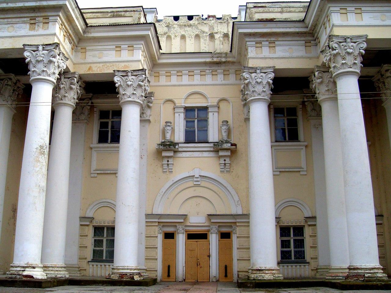 Дом культуры (бывший Дом офицеров) в Полоцке