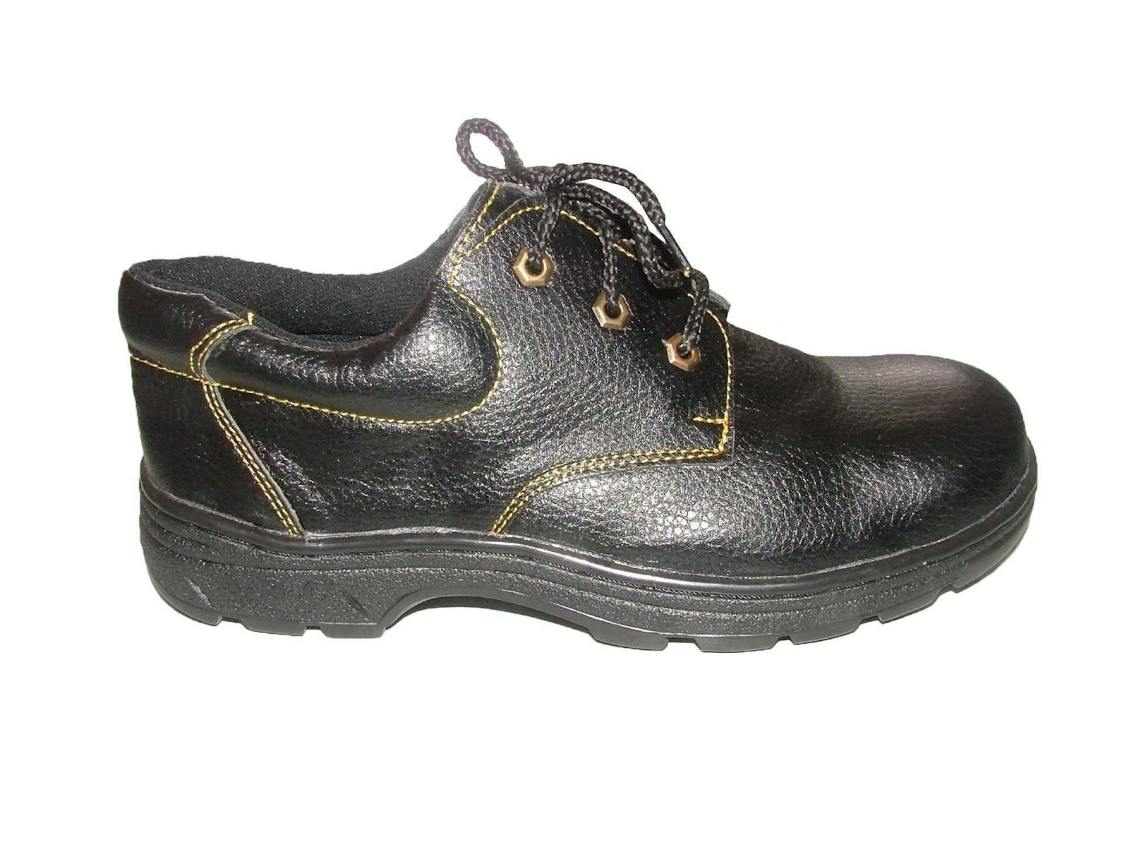 Tìm hiểu về giày bảo hộ lao động ABC