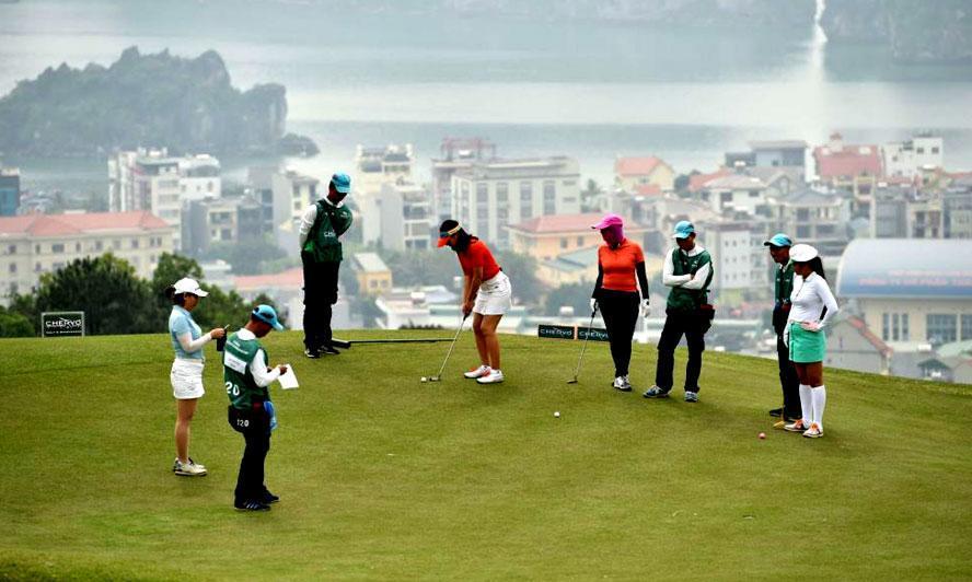 Tour du lịch đánh golf phát triển rất mạnh ở Việt Nam