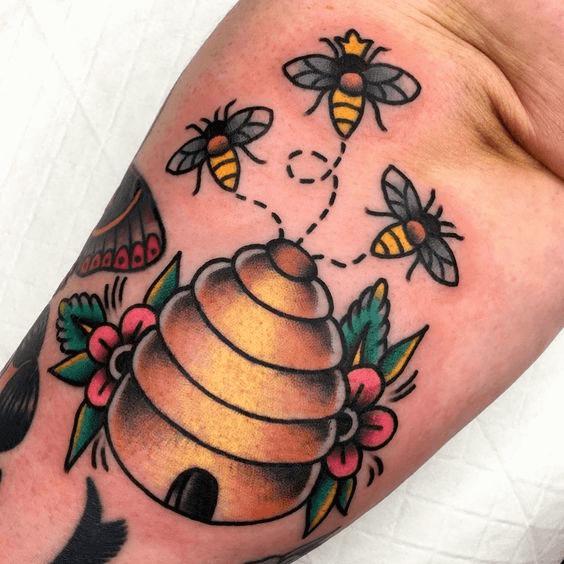 Beehive bee Tattoo