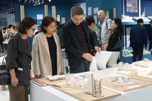 Trong học tập và nghiên cứu, mô hình kiến trúc cũng đóng vai trò quan trọng