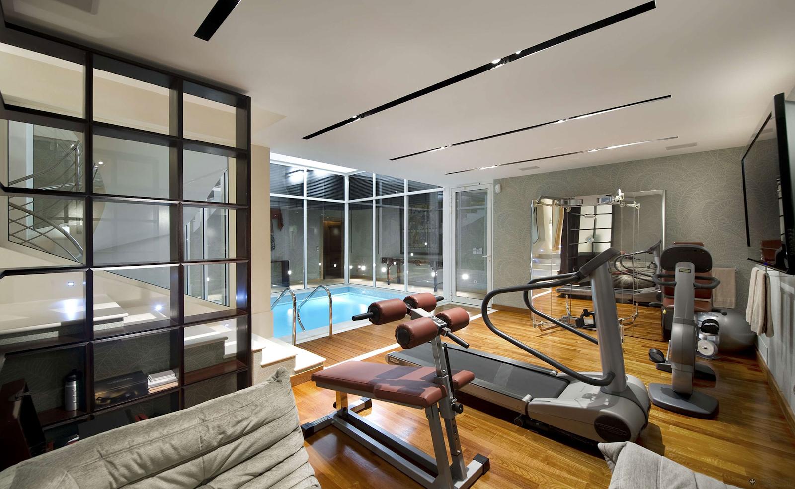 Phòng gym kết hợp bể bơi