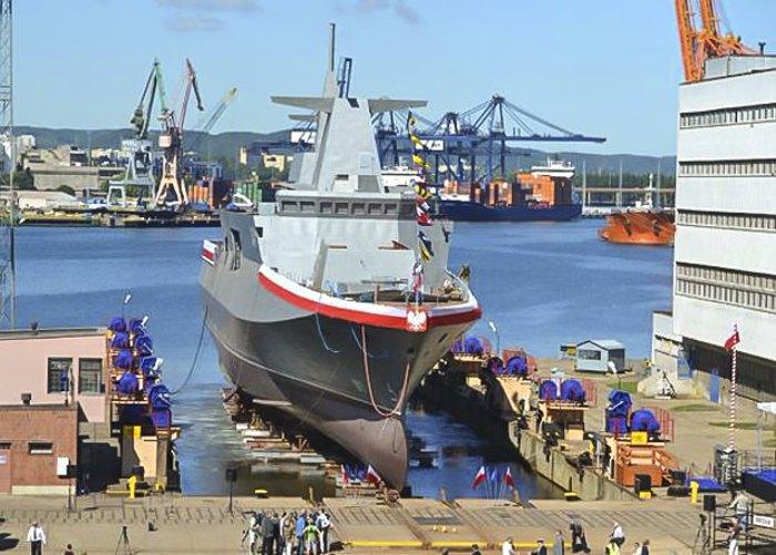 Спуск на воду патрульного корабля «Шлензак» проєкту «Гаврон», Гдиня, 2 липня 2015