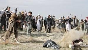 طالبان یک مرد و زن را به اتهام فرار از منزل تیرباران کردند |