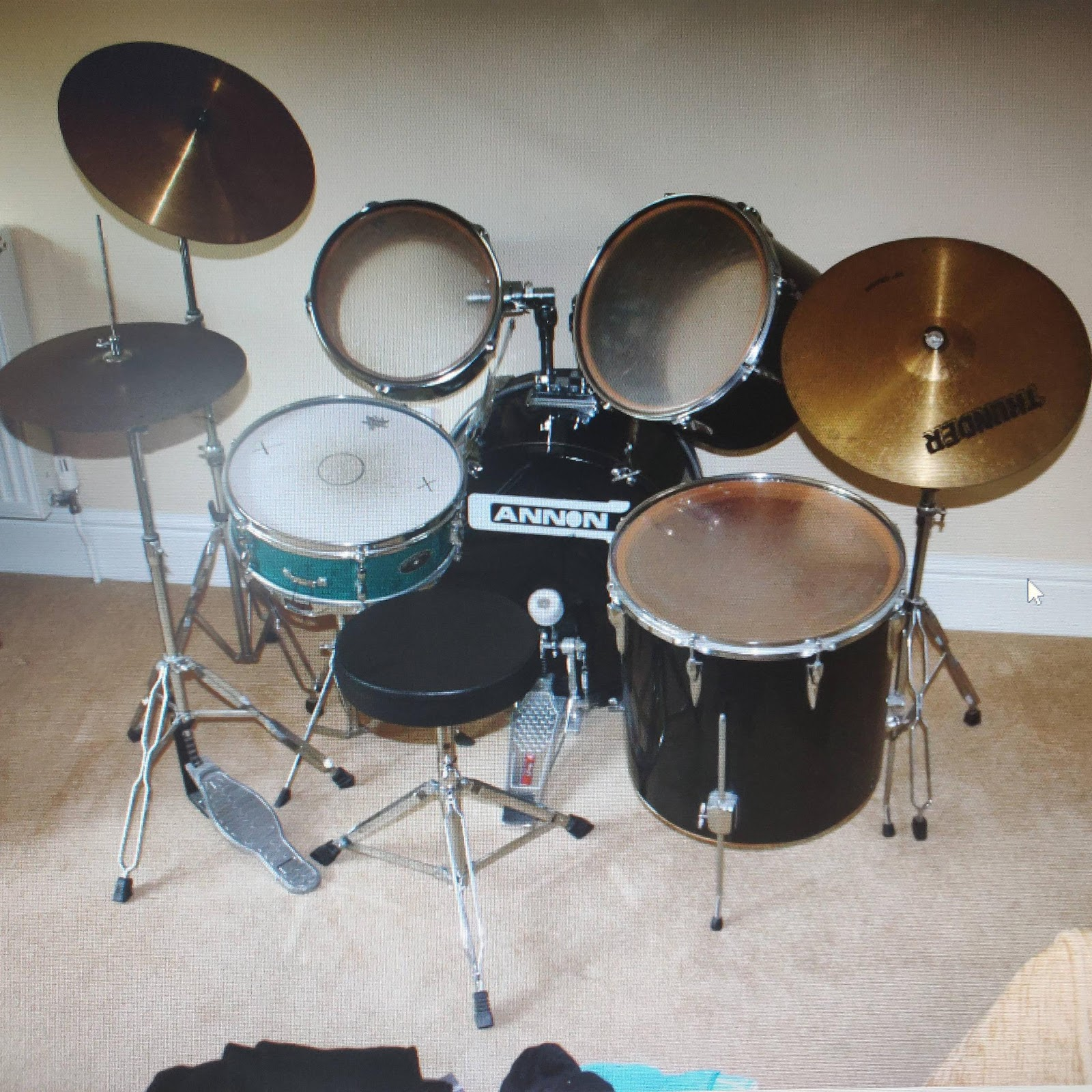 Found a picture of my old drum kit. : drums