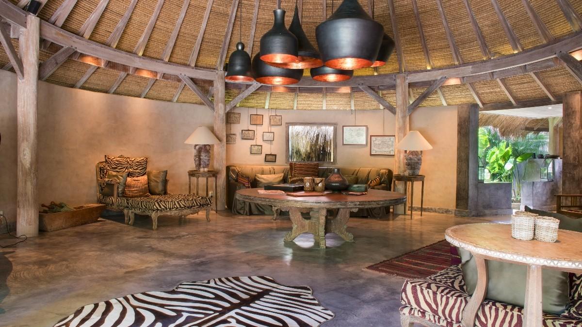 Gaya desain interior ala Afrika – source: villa-bali.com