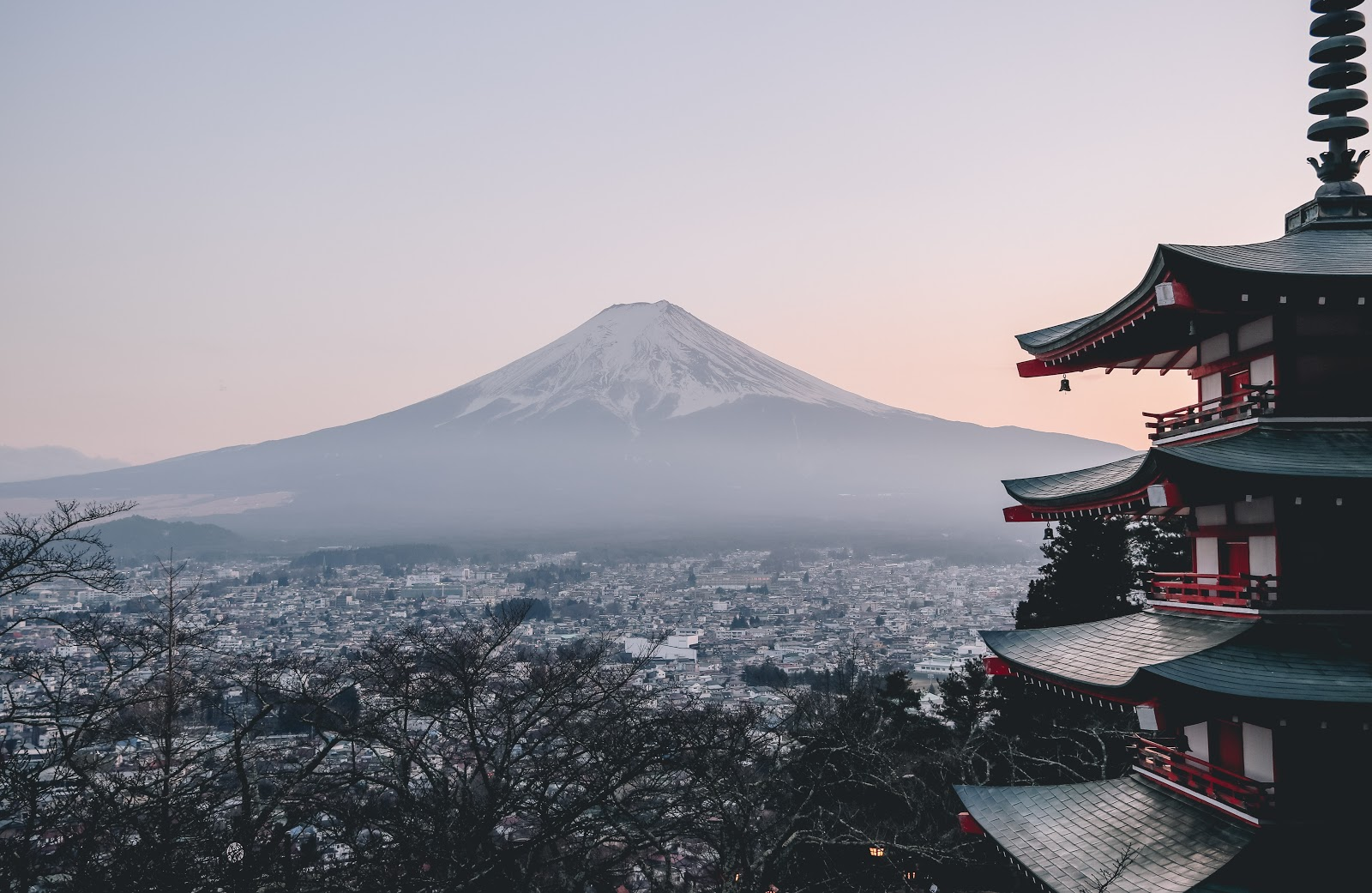 Book your next wellness holidays in Japan