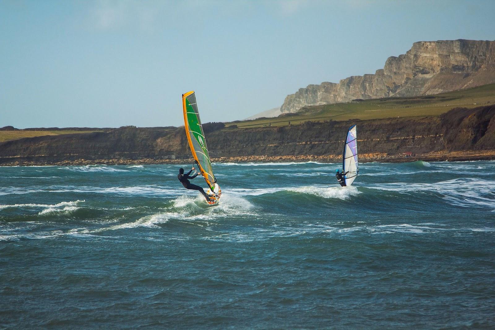 surfing-848354_1920.jpg