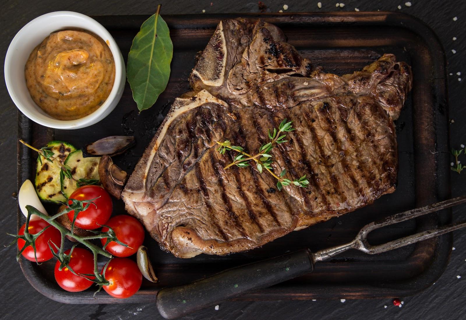 bistecca fiorentina.jpg