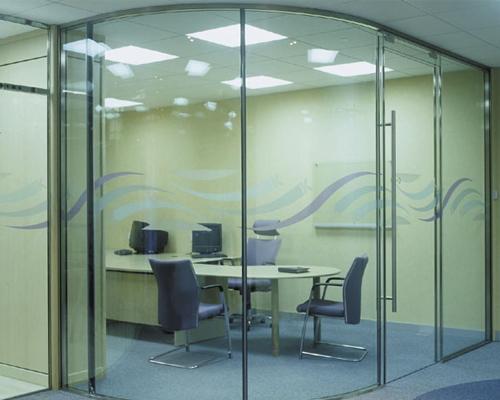 Cửa kính cường lực 40- Các mẫu cửa kính cường lực đẹp