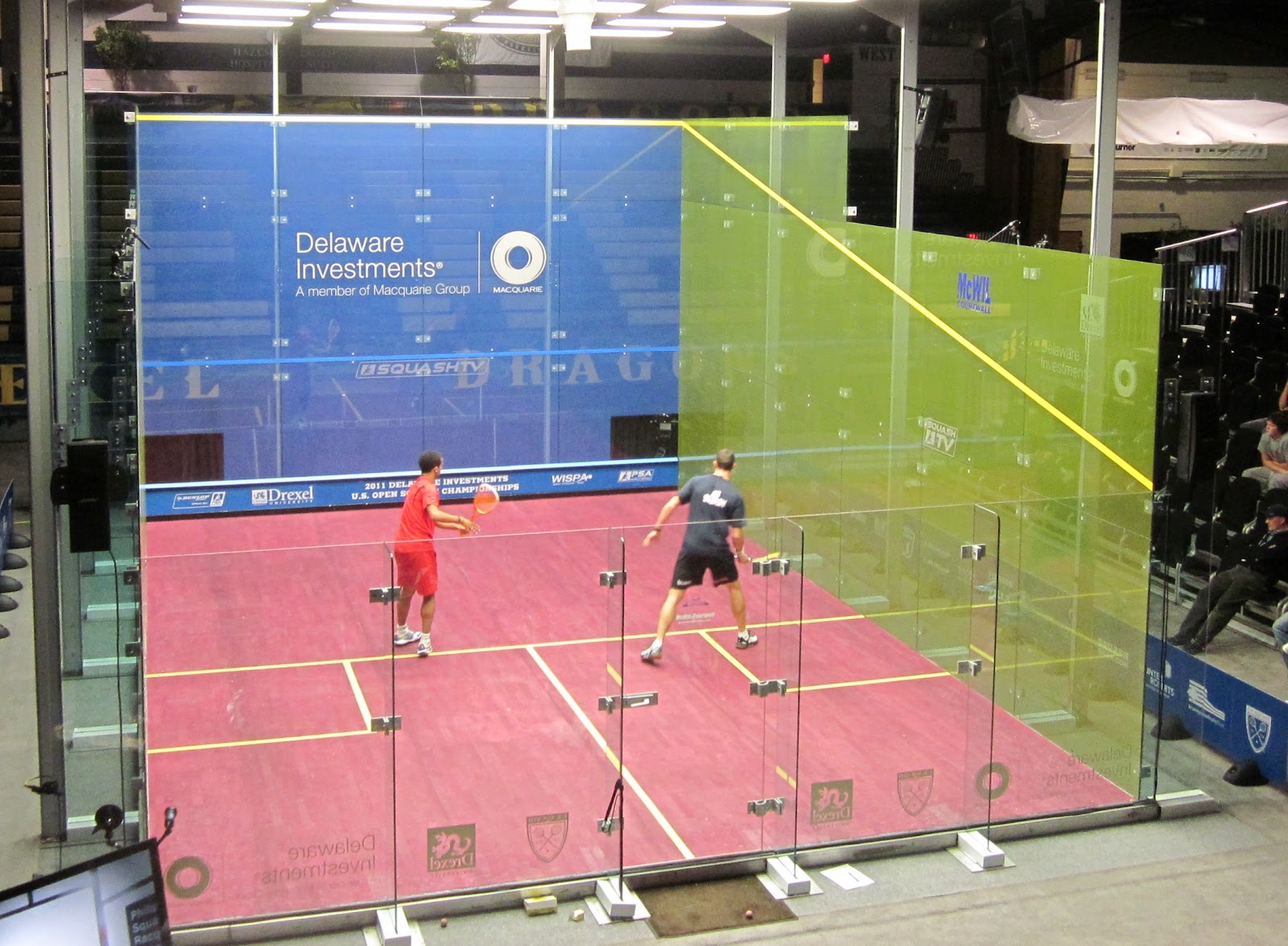 Professional squash match